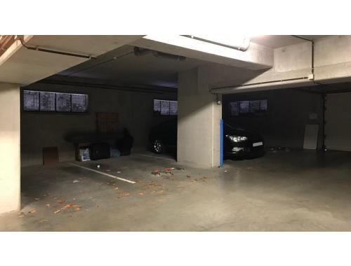 Kelder garage te huur in Halle, € 75