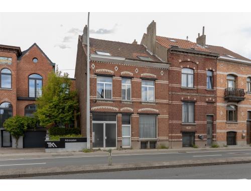 Usage mixte à vendre à Dilbeek, € 420.000