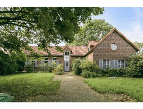 Maison à vendre à Pollare, € 425.000