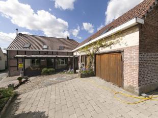 Prachtig gelegen woning met mooie tuin<br /> Deze woning is gelegen tussen de groene heuvels van de Vlaamse Ardennen! de woning is L-vormig ingedeeld