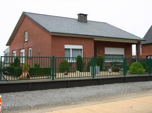 Perfect onderhouden gelijkvloerse woning met mooie tuin op perceel van 9a26ca.<br /> Deze woning is gelegen te Schillekensberg 11b te Bekkevoort.<br /