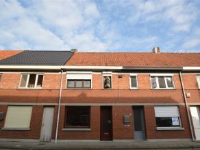 Dit betreft een knusse woning nabij het centrum van Hamme. De woning is gunstig gelegen op wandelafstand van winkels, scholen & openbaar vervoer e