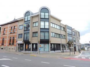 VALIMMAS verkoopt dit instapklare duplex-appartement (± 87m²) met ruime kelder (± 8m²) & een autostandplaats in de ondergr