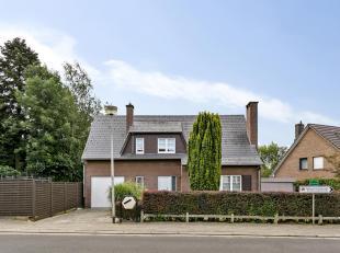 Immo Van Middelem vend cette maison habitable de suite avec 3 chambres, garage, terrase et jardin sur un terrain de +/- 5a24ca au centre de Grand-Biga