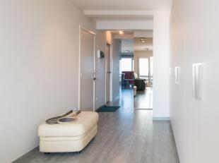 Luxueus afgewerkt appartement met 2/3 slaapkamers, prachtige badkamer met ligbad, douche, lavabo in meubel en toilet, de grote, open keuken voorzien v