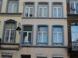 Immo Alphabitat vend cette maison 6 chambres, 5 salles d'eau, 249 m² habitables à la Rue du Lavoir à 1000 BRUXELLES. Maison compos&