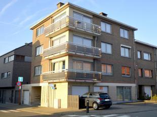 Appartement (106 m² bewoonbare oppervlakte) gelegen op het eerste verdiep van een klein gebouw. Op wandelafstand (10 minuten) van het station van