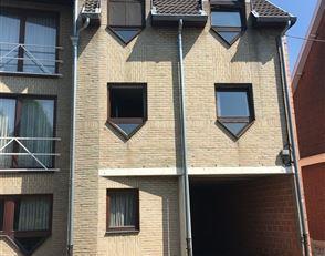 Zeer rustig gelegen bemeubelde studio van 34 m² in Heverlee. op slechts 2 kilometer van centrum Leuven.<br /> Het openbaar vervoer bevindt zich o
