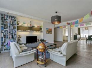 Prachtig luxe-appartement pal in het centrum van Leuven in een kleinschalige residentie, grenzend aan het wandelgedeelte van de Diestsestraat. Dit fun