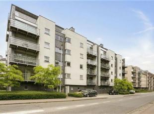 Lichtrijk duplex appartement gelegen aan de Kesseldallaan te Kessel-Lo! <br /> Het appartement is gelegen op de vierde en vijfde verdieping van reside
