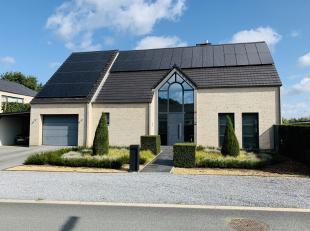 Mooie villa gelegen te Dilsen-Stokkem op een perceel van 5A76ca. Deze woning is gelegen vlakbij de autostrade, scholen , winkels en openbaar vervoer.D