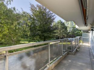 Een appartement gelegen te 1020 Laken, Forumlaan 9 - eerste verdieping, met een Oost - Zuidoostoriëntering<br /> <br /> Indeling buiten:<br /> Ee