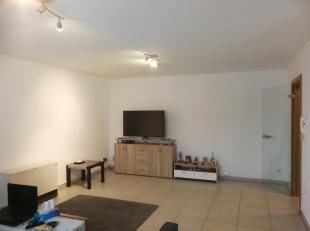 FAIRE OFFRE A PARTIR DE 170 000euro... Nous vous proposons un agréable appartement deux chambres situé au deuxième étage,
