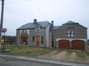 Maison de standing à Sélange comprenant un salon, une salle à manger ,quatre chambres dont une avec terrasse, une salle de bain,
