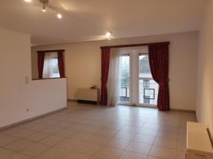 Nous avons le plaisir de vous présenter,cet appartement deux chambres pour une superficie de 100 m². Idéalement situé, &agra