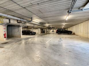 Garage à vendre                     à 2800 Mechelen