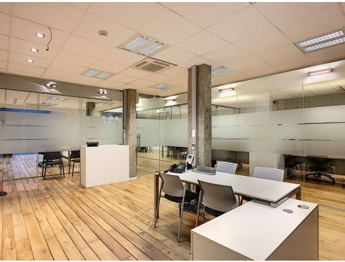 Bâtiment commercial à vendre à Willebroek, € 445.000