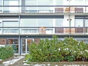 Prachtig centraal gelegen appartement met zicht op groen voor- en achteraan in een verzorgd gebouw. 2 slaapkamers + extra berging/bureel, ingerichte k
