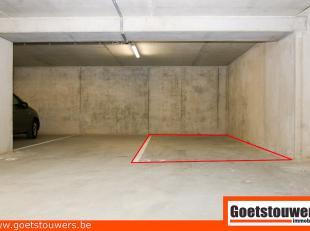 Gunstig gelegen ondergrondse autostaanplaats parking nr. 37. gelegen te Deurne Zuid nabij openbaar vervoer.  In nieuw complex Magritte II. Meer inform