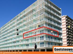 Instapklaar nieuwbouwappartement met 2 slaapkamers en terras in modern gebouw aan stadsrand. Autostaanplaats in kelderverdieping. Lift aanwezig. Aange