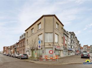 Merksem, vlak op de hoek van het heraangelegde Sint-Franciscusplein - de markt van Merksem op dinsdag - vlak tegenover Basic Fit en op minder dan 100