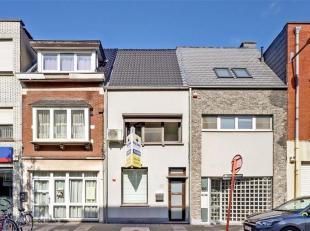 Recente zeer mooi gerenoveerde woning met kwaliteitsvolle afwerking te Willebroek!<br /> Deze zeer gezellige woning is gelegen nabij het centrum van W