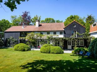 Charmante woning met mooie tuin gelegen op een centrale en residentiële locatie in Brasschaat in de nabijheid van het Sint-Michielscollege en Ope