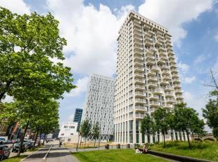 Schitterende penthouse met fenomenaal uitzicht over het historisch stadcentrum, Eilandje en het Park Spoor Noord.<br /> Indeling: Via de lift bereikt