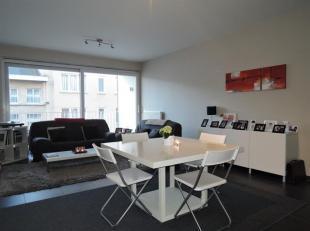 Appartement gelegen in Residentie Beethoven met mooi zuid terras en parkeergelegenheid.<br /> Indeling: Inkomhal met gastentoilet en handenwasser. Van