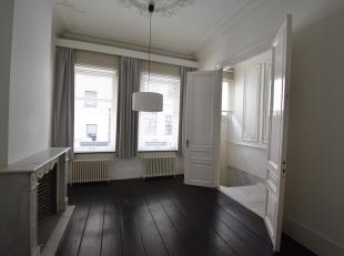Maison à louer                     à 2000 Antwerpen