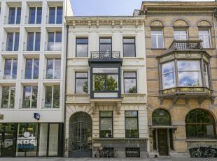 Twee authentieke kantoorpanden aan het nieuw justitiepaleis.<br /> Aan de voorzijde, gelegen aan de Antwerpse Leien, bevindt zich het eerste pand. Ind