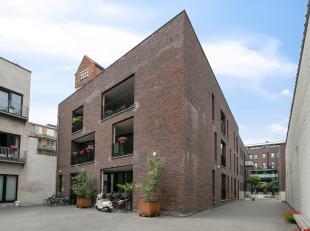 Charmant en hedendaags ingericht appartement met 3 slaapkamers gelegen in een binnencomplex op een rustige locatie in de Stad.<br /> Indeling: Inkomha