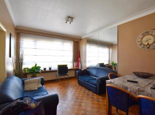 Leuk op te frissen appartement nabij de Universiteit Antwerpen en op wandelafstand van het historisch centrum.<br /> Indeling: Hal met gastentoilet. R