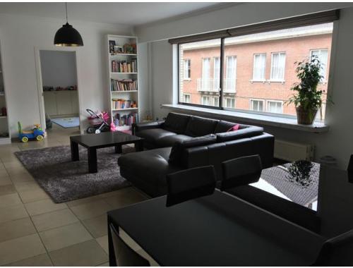 Appartement te huur in Berchem, € 1.350