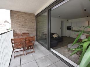 Nieuwbouwappartement met 2 slaapkamers op ideale locatie vlakbij het Koning Albertpark.<br /> Indeling: Inkomhal met gastentoilet. Lichte leefruimte m