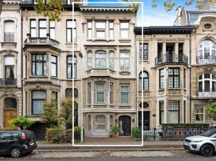Instapklaar herenhuis met mooie tuin gelegen in één van de meest residentiële buurten van Antwerpen.<br /> Indeling: Herenhuis met