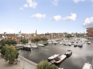 """Hoogwaardig afgewerkt appartement op de 6e verdieping gelegen in """" Het Koninklijk Entrepot""""."""