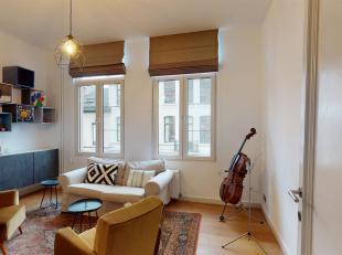 Prachtige instapklare woning gelegen op ideale locatie in Oud-Berchem vlakbij de belangrijke invalswegen.<br /> Indeling: Via de trap bereiken we de v