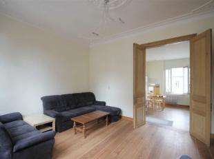 Gezellig éénslaapkamer appartement in Mechelen centrum <br /> Indeling: via de inkomhal kom je binnen in de ruime lichtrijke keuken die