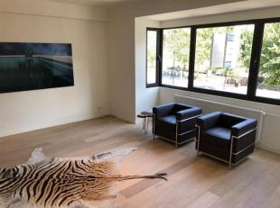 Schitterend gerenoveerd appartement op superligging in het Antwerpse stadscentrum.<br /> In het project zijn er nog twee appartementen te koop waarvan