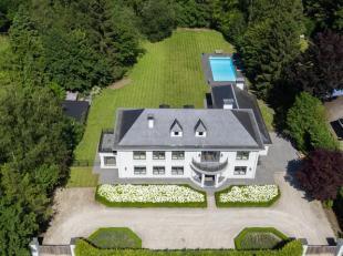 Statige villaop 3.850 m² grond.<br /> De villa is onderkelderd en voorzien van verschillende ruimtes waaronder een wijnkelder, een chauffagekelde