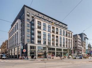 Waanzinning topappartement met twee terrassen (4 m²-14 m²) in het hartje van de stad aan de Meir met een fantastisch uitzicht op Antwerpen.<