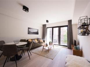 in optie<br /> Hip tendy en nieuw GEMEUBELD appartement op de derde verdieping. Smaakvol ingericht! <br /> Indeling; inkohal, leefruimte op parket, op