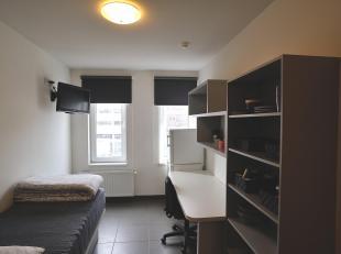 Studentenkamer te koop Netjes en hoogwaardig afgewerkte studentenkamer bevindt zich op de 3de verdieping. Solide belegging op een toplocatie.Indeling: