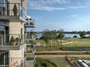 Wonen aan water betekent rust en vakantiegevoel!<br /> Ontdek dit prachtig 2 slaapkamer appartement met een ruim ZW georiënteerd terras.<br /> Ve