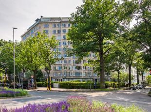 """Appartement gelegen in het residentiële gebouw """"Dikke Mee"""". Dit leuke appartement bestaat uit een living met prachtig zicht naar het """"Nachtegalen"""
