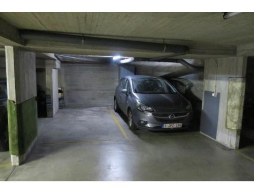 Garage en sous-sol à vendre à Antwerpen, € 40.000