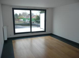 Mooi, gezellig appartement van 87,5m² gelegen op 1ste verdieping (midden)  van nieuwbouwproject met in totaal 5 appartementen.<br /> Inkom. Apart