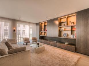 Deze architecturale parel is gelegen in de luxueuze residentie SONOS welke werd opgevat door CAAN architecten. Het interieur en indeling werd volledig