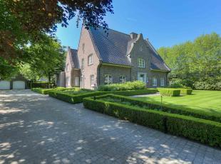 Voor meer informatie contacteer Ann-Sofie via ann-sofie@huysewinkel.be of tel. 0471 04 85 35. <br /> We vinden deze villa terug in de Oranjeboomstraat